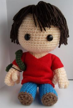 Sam Winchester via Etsy. Supernatural Cartoon, Winchester Supernatural, Sam Winchester, Supernatural Crafts, Crochet Geek, Crochet Dolls, Crochet Yarn, Geek Out, Amigurumi Doll