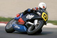 ELF 3 1986 エンジンはワークスホンダNS500を採用。シーズンを通し、英国人ライダーのロン・ハスラムがポイントを獲得することに成功しています。