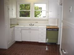 1000 images about granny 39 s house on pinterest 1930s for 1930s kitchen cabinets for sale