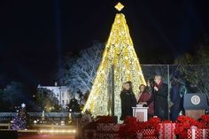 - These Obama Holiday Moments Will Get You In The Christmas Spirit