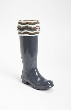 It's the perfect day for my Hunter boots (and I could use these super cute zig zag welly socks