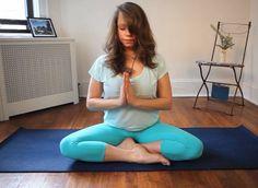 VIDÉO. Yoga: 5 postures faciles pour être de bonne humeur