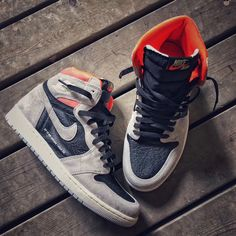 Air Jordan 1 retro crimson neutral gray size brand new for Sale in Brooklyn, NY - OfferUp Jordan 1 Gray, Jordan 1 Retro High, Jordan Shop, Sneaker Store, Black Basketball Shoes, Best Shoes For Men, Sneaker Boots, Black Sneakers, Sneakers Fashion