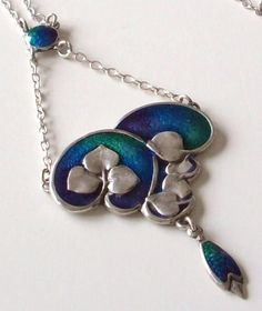 CHARLES HORNER STUNNING ARTS & CRAFTS ART NOUVEAU ENAMEL SILVER DROP NECKLACE Actually a Deacon repro