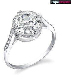 Rosie Huntington-Whiteley's gorgeous Neil Lane diamond engagement ring from fiance Jason Statham