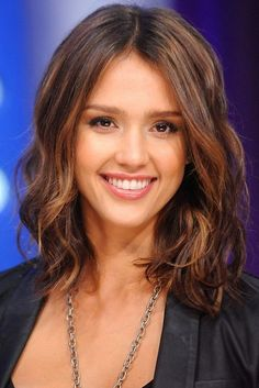 Find Jessica Alba's Latest Hairstyles in This Gallery. Including Short Haircuts, Updos, Medium Hairstyles & Long Hairstyles from Jessica Alba! Jessica Marie Alba(April 28, 1981) is an American television and film actress and model. She began her television and movie appearances at age 13 in Camp Nowhere and The Secret World of Alex Mack. Jessica[Read the Rest]