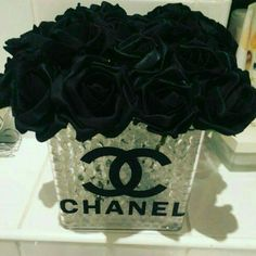 Cute Vase glass with logo Chanel  . ( just vase for sale  ) about 3in.  Brand new.
