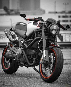 Ducati Custom Ducati Custom The Man Ducati Motorcycle Caferacer Ducati Cafe Racer, Ducati Motorbike, Cafe Racer Bikes, Scrambler Motorcycle, Moto Bike, Motorcycle Art, Women Motorcycle, Moto Ducati Monster, Ducati Monster Custom