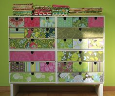 Pimp my IKEA! by Pikku-Kettu, via Flickr. Drawers, green. Painted Furniture, Diy Furniture, Coin Couture, Craft Room Storage, Diy Storage, Sewing Box, Home Art, Fun Crafts, Diy Projects