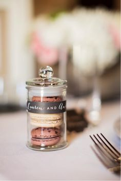Sweet wedding favors with adorable packaging