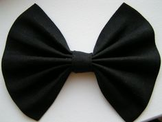 Large hair bow for teens and women, hair bows, big hair bow for teens or women, black bow. $7.99, via Etsy.
