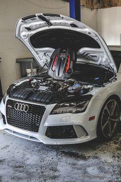 Audi RS7 Engine