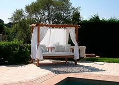 Find out all of the information about the HONEYMOON product: canopy garden bed / double / contemporary / fabric HANALEI. Double Bed Canopy, Double Beds, Garden Beds, Outdoor Furniture, Outdoor Decor, Teak, Daybeds, Images, Home Decor