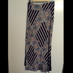 Anthropologie Maxi Skirt Very pretty, comfortable and flattering. Worn once for work and once out. In great condition! Anthropologie Skirts Maxi