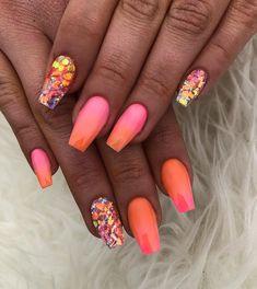 Not all acrylics have to be super long!. . . . . . . . . #nails #nailsofinstagram #nail #naildesigns #nailart #nailsonfleek #nailed…