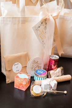 CORPORATE EVENT SWAG BAGS Marigold & Grey creates artisan gifts for all occasions. Wedding welcome gifts. Workshop swag. Client gifts. Corporate event gifts. Bridesmaid gifts. Groomsmen Gifts. Holiday Gifts. Order online or inquire about custom gift design. Image: Renee Hollingshead