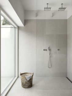 Are you looking for some minimalist bathroom ideas? Here we have several pictures of minimalist bathroom decor ideas you try. No matter how big or small your bathroom is, decorating this room… Continue Reading → Bathroom Renos, Laundry In Bathroom, Bathroom Interior, Bathroom Ideas, Bathroom Remodeling, Remodeling Ideas, Remodel Bathroom, Shower Ideas, Design Bathroom