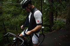 The Men's new Ascent Ratio cycling kit. #cycling #jerseys #everyadventure