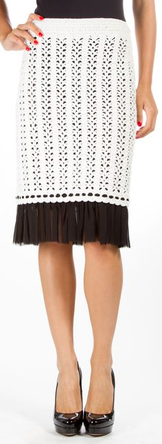Chanel Skirt @FollowShopHers ♪ ♪... #inspiration #diy #crochet #knit GB http://www.pinterest.com/gigibrazil/boards/