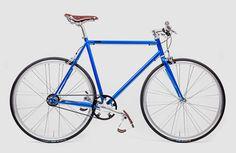 Brandneu von Mika Amaro kommen für die Saison 2015 zwei neue Fahrrad-Modelle:DasAvid Blue und dasRocket Silver kommen mit filigranem Stahlrahmen, Acht-Gang Nabenschaltung und dem nahezu wartungsfreien Zahnriemen von Gates. Und wie immer ist jedes Modellauf 111 Stücklimitiert! Technisch gesehen gleichen … Weiterlesen