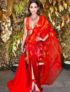 Malaika Arora, the OG glam goddess of Bollywood served a major fashion look in her latest outing for an event. Read on and take a look at the fiery red saree she wore like the diva. Bollywood Wedding, Indian Bollywood, Bollywood Fashion, Bollywood Actress Hot Photos, Bollywood Celebrities, Actress Pics, Celebrity Weddings, Celebrity Style, Different Types Of Dresses