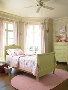 Pretty pink and green butterfly room for a little girl. These are already the colours of her room for the most part!