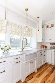 Cape Cod Kitchen Remodel Awesome Lewis & Weldon Gorgeous Cape Cod White Kitchen with Natural Cape Cod Kitchen, New Kitchen, Kitchen Decor, Kitchen Ideas, Short Kitchen Cabinets, White Kitchen Floor, Kitchen Sink, Home Design, Interior Design Kitchen