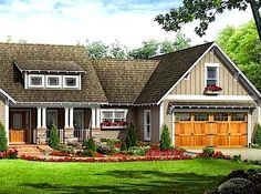 Fall Lawn Care Tips https://www.facebook.com/leovandesign