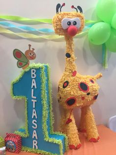 piñata jirafa baby tv Baby First Tv, Baby Shower, Ideas Para Fiestas, Monster Party, 1st Birthday Parties, Gift Baskets, Baby Gifts, Presents, Christmas Ornaments