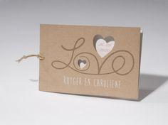 Trouwkaart 'LOVE' artikelnummer 62.1695 prijs vanaf € 1,73 http://trouwkaarten.familycards.nl/kaartdetails/62.1695/