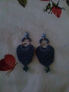 Macrame earrings Macrame Earrings, Crochet Earrings, Projects, Diy, Jewelry, Log Projects, Blue Prints, Jewlery, Bricolage