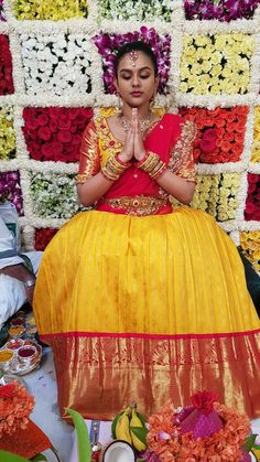 Half Saree Lehenga, Kids Lehenga, Saree Dress, Pattu Saree Blouse Designs, Half Saree Designs, Wedding Lehenga Designs, Saree Wedding, Mom Daughter Matching Dresses, Half Saree Function