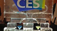 L'édition 2013 décevante du CES de Las Vegas a confirmé le transfert de valeur du hardware vers le software: le terminal compte beaucoup moins aujourd'hui que l'interface et les services. Les seuls vraies stars furent les smart phones et les tablettes, qui tirent aujourd'hui l'ensemble de l'industrie lourde électronique dont le centre de gravité est entièrement en Asie. La recommandation et la découverte des contenus et des oeuvres sont aujourd'hui les défis principaux de la TV connectée.