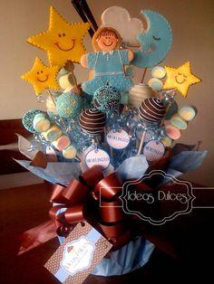 It's a boy cookie bouquet stars, moon,cloud baby boy cookies cake pops & homemade marshmallow shisk-a-bob Arreglo mesa Cookie Bouquet, Flower Cookies, Candy Bouquet, Cupcake Cookies, Baby Shower Cupcakes, Shower Cakes, Baby Birth Cakes, Baked Bouquet, Cake Pops