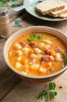 Szybka zupa fasolowa Cookbook Recipes, New Recipes, Soup Recipes, Cooking Recipes, Favorite Recipes, Healthy Recipes, Best Food Ever, Food Videos, Sandwiches