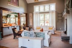 Lamon Luther - Traditional - Living Room - atlanta - by Ashley Anthony Studio