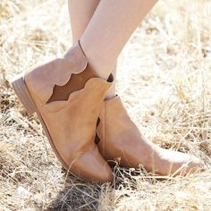 Check out our extensive range of cute and stylish Girls Shoes for fashionable girls of all shapes and sizes! Girls Shoes Online, Stylish Girl, Tween, Girl Fashion, Wedges, Booty, Cute, Stuff To Buy, Shopping