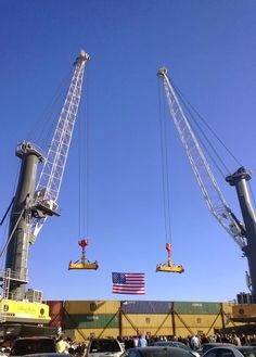 Liebherr - Two mobile harbour cranes at the California Green Trade Corridor dedication ceremony in Stockton, USA, earlier this month - both LHM's are typ LHM 550