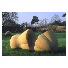 Abstract organic form sculpture by Peter Randall - Kew Gardens, Surrey