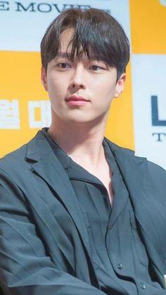 Hot Actors, Actors & Actresses, Seo In Guk, Handsome Korean Actors, Joo Hyuk, Jong Suk, Kdrama Actors, Hug Me, Korean Men