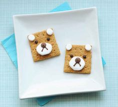 Teddy bear s'mores are almost too cute to eat. | 19 Easy And Adorable Animal Snacks To Make With Kids
