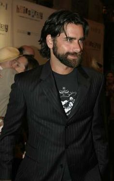 damn, john stamos with a beard...that's pretty hot