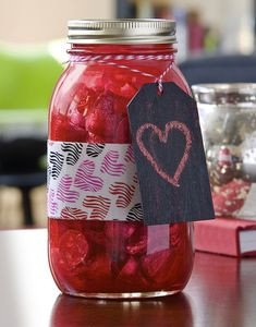Use Mod Podge and Duck Tape to create an easy DIY candy jar for Valentine's Day! You can also add a fun, reusable chalkboard tag. One of those holiday crafts that is fun for adults or for teens. Great gift for dad / for him too! Valentine Day Crafts, Be My Valentine, Holiday Crafts, Mason Jar Gifts, Mason Jars, Gift Jars, Apothecary Jars, Easy Diy Candy, Mod Podge Crafts