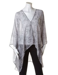 This lightweight cocoon wrap keeps you covered! It's a great piece to match with a day look at the office, but works well for a weekend look, too. Mums The Word, Floral Chiffon, Grey And White, Black, Mother Day Gifts, Passion For Fashion, Kimono Top, Ruffle Blouse, Mom