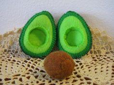 Felt Food Avocado set eco friendly childrens pretend play food for toy kitchen. $8.00, via Etsy.