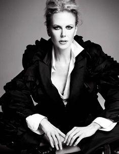 Nicole Kidman | Photo by Patrick Demarchelier Patrick Demarchelier, Nicole Kidman, Most Beautiful Women, Beautiful People, Dead Beautiful, Renee Zellweger, Portraits, Black And White Pictures, Black White