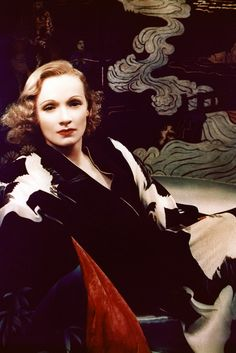 Marlene Dietrich, C.1930's The blonde in the pic.