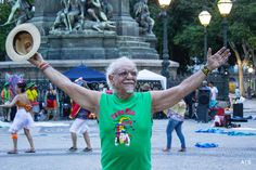 The Great Brazilian Public Actor Amir Haddad, restorer of Theatrical tradition.