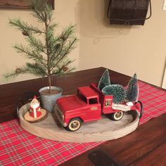Red Tonka truck with Christmas trees – Christmas – Noel 2020 ideas Western Christmas, Christmas Red Truck, Plaid Christmas, Country Christmas, Christmas Home, Vintage Christmas, Christmas Crafts, Christmas Ideas, Christmas Tablescapes