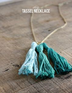 10 minute tassel necklace #tutorial from Alice & Lois #tassels #jewelry Diy Tassel, Tassel Jewelry, Tassels, Jewelry Necklaces, Bracelets, Male Necklaces, Key Jewelry, Long Necklaces, Gold Necklace Simple